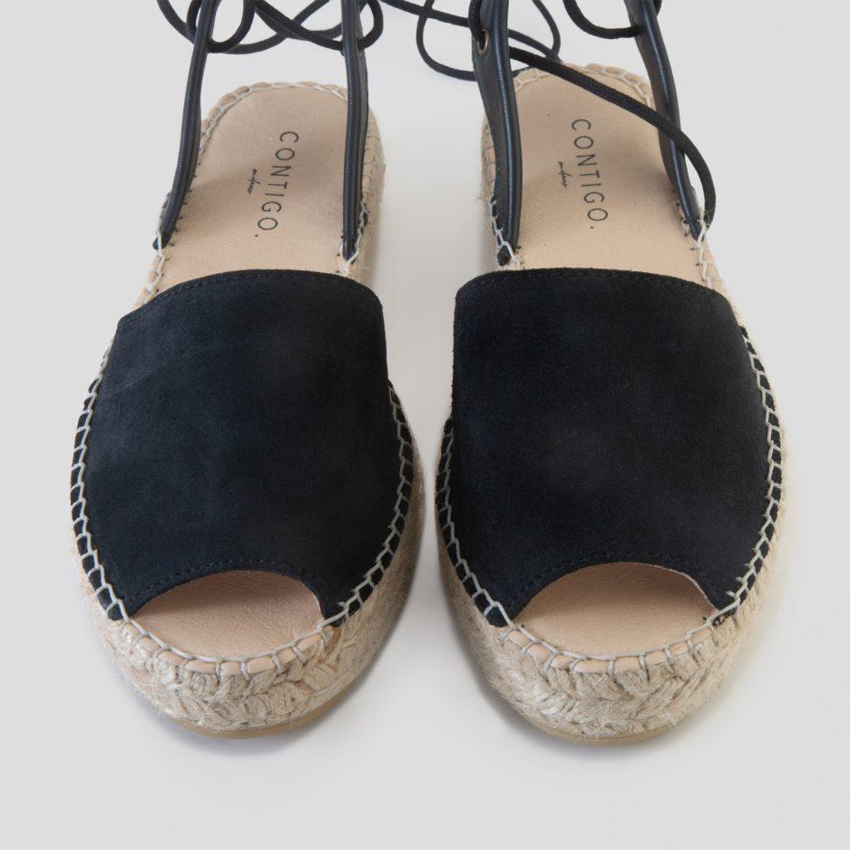 Come pulire e prendersi cura delle scarpe: i consigli di Contigo, Contigo